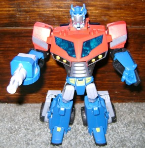 AOP rob arm 294x300 Toy Review: Transformers Animated Optimus Prime!