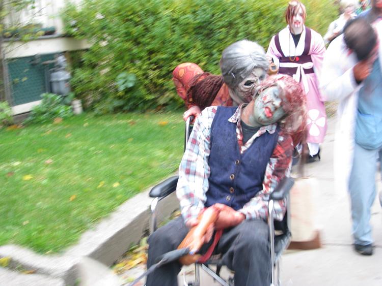10 Zombie Outbreak in Toronto