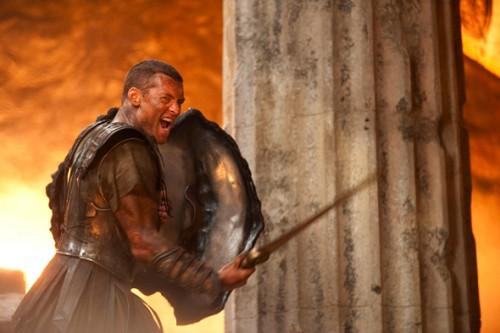 clash ofthe titans sam worthington1 500x333 New Clash of the Titans Theatrical Trailer