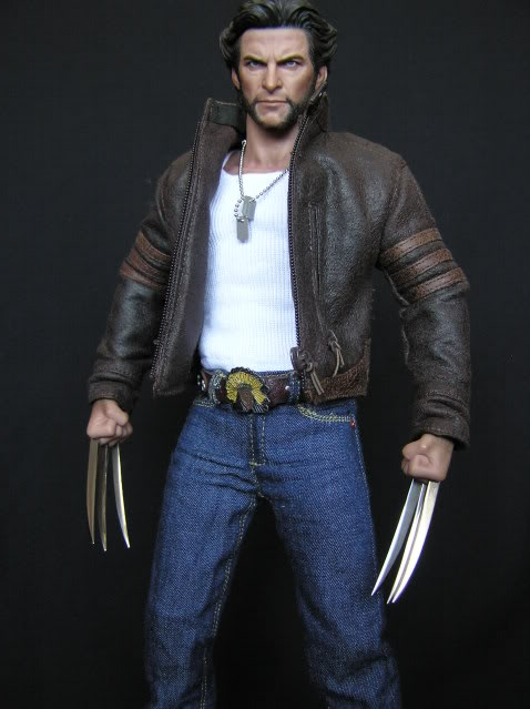 P1010020 Action Figure Review: Hot Toys Wolverine