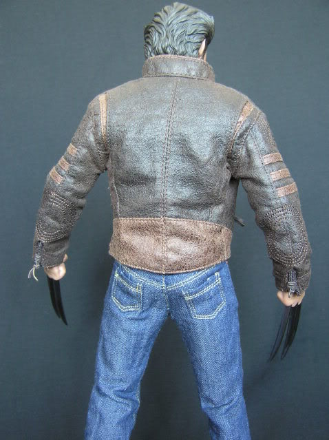 P1010026 Action Figure Review: Hot Toys Wolverine
