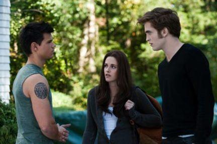 Eclipse 2 Movie Review: The Twilight Saga: Eclipse