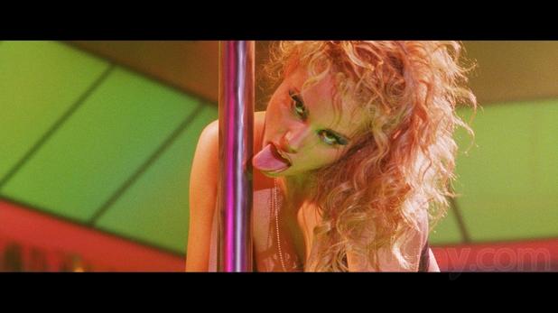 showgirls 1 Blu ray Review: Showgirls