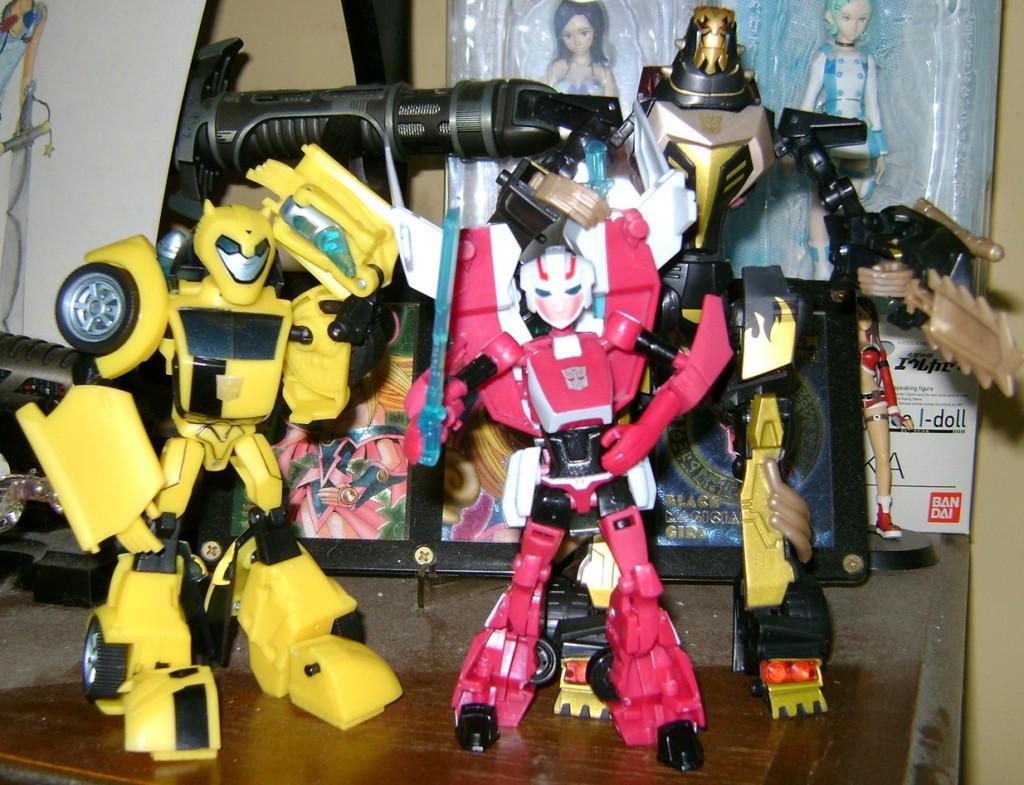 Arcee bot 1024x785 Bitchin Toy: Transformers Animated, Arcee!