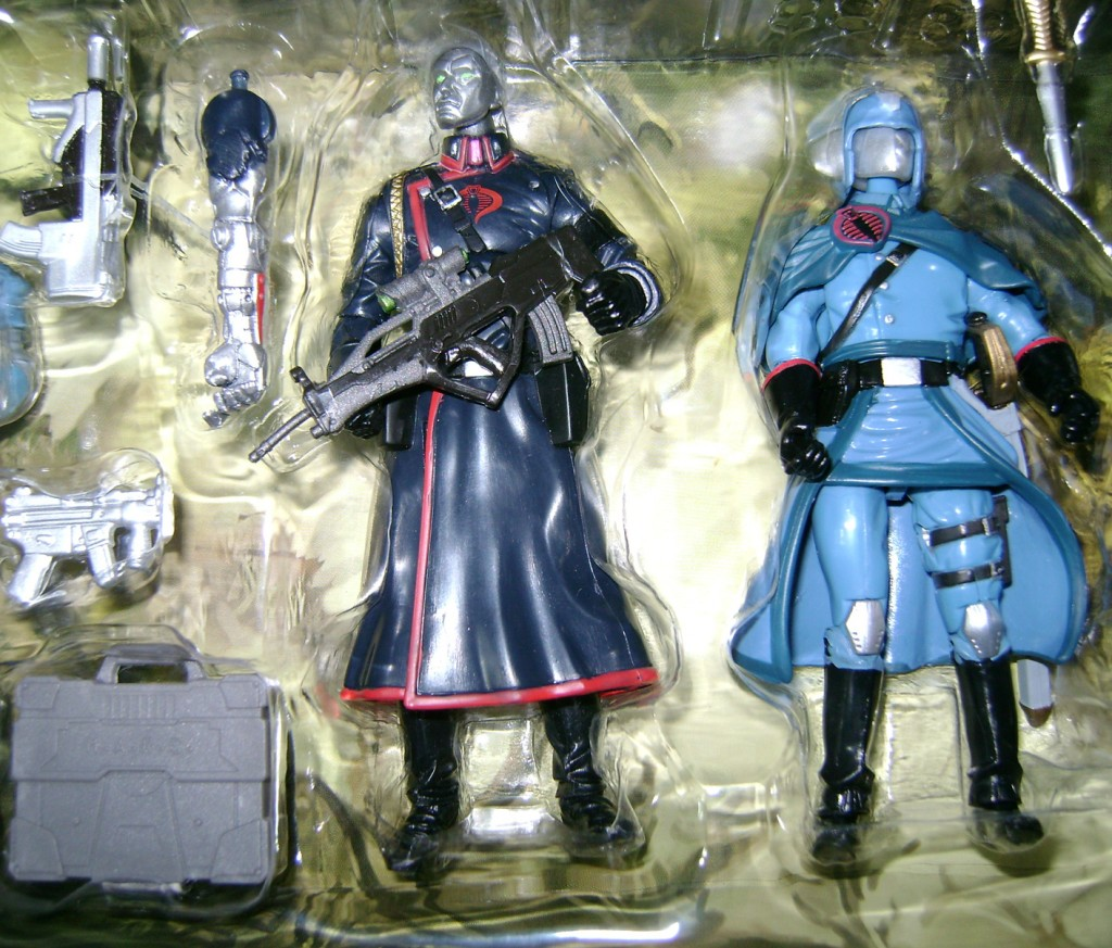 Destro and Cobra Commander 1024x873 Bitchin Toys: G.I. Joe Resolute!