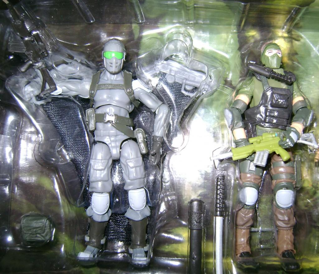 Snake Eyes and Beachead 1024x878 Bitchin Toys: G.I. Joe Resolute!