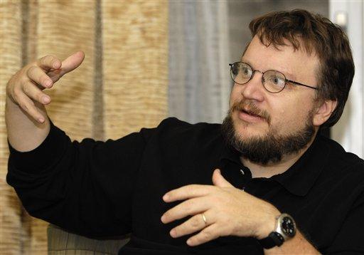 guillermo del toro9 Guillermo Del Toro To Direct Haunted Mansion