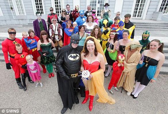 superherowedding Batman And Wonder Woman Get Married