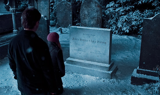 HP7A TR2 025 Deathly Hallows 2nd Trailer Is Epic + Pics