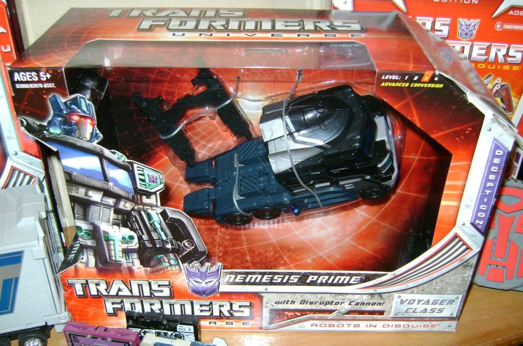 Nem 3 1024x677 Totally Bitch'in Toy: Nemesis Prime!