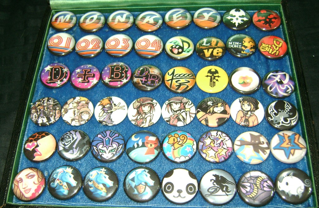 TWEWY Pins 1024x669 Totally Bitch'in Collectible: TWEWY Pins!