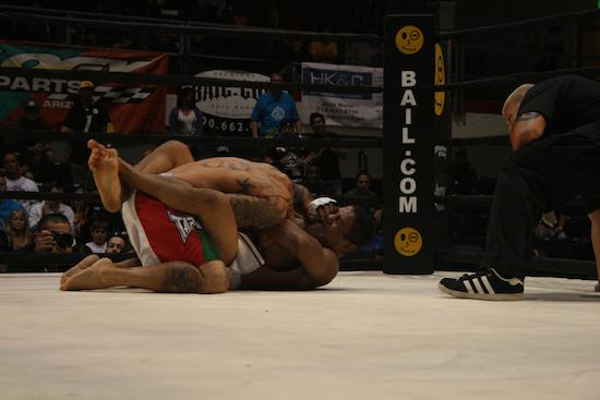 lbfn oct 2010 1 1 1000 Free MMA Tickets For Long Beach Fight Night