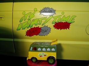 turtles van03 300x223 A Real TMNT Van