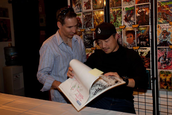 IMG 6014 Todd McFarlane & Jim Lee Sign In L.A. For Spawn #200