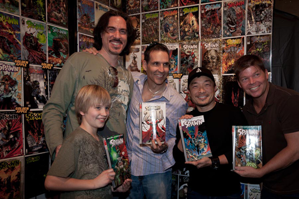 IMG 61381 Todd McFarlane & Jim Lee Sign In L.A. For Spawn #200