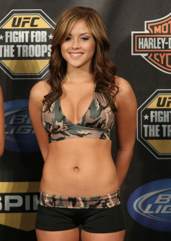 britney arianny camo3 Arianny Celeste In Camo Along With UFC Ring Girls