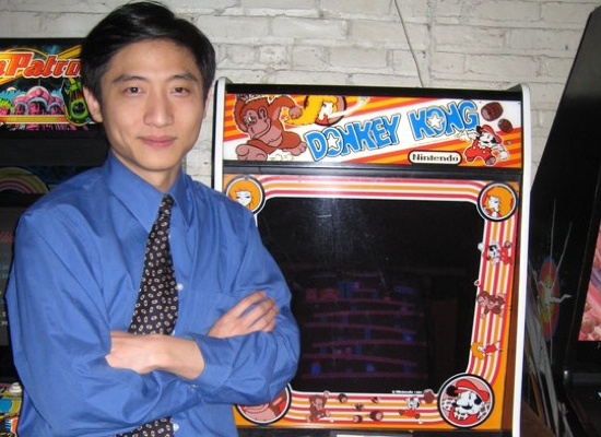 hank chien1 Hank Chien Holds New Donkey Kong Record