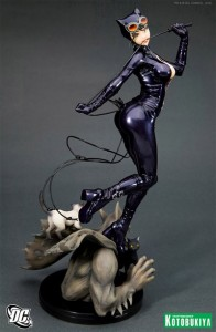 kotobukiya catwoman bishoujo statue sneak peek 21 196x300 Wizard Anaheim Comic Con = Old & New School Fun