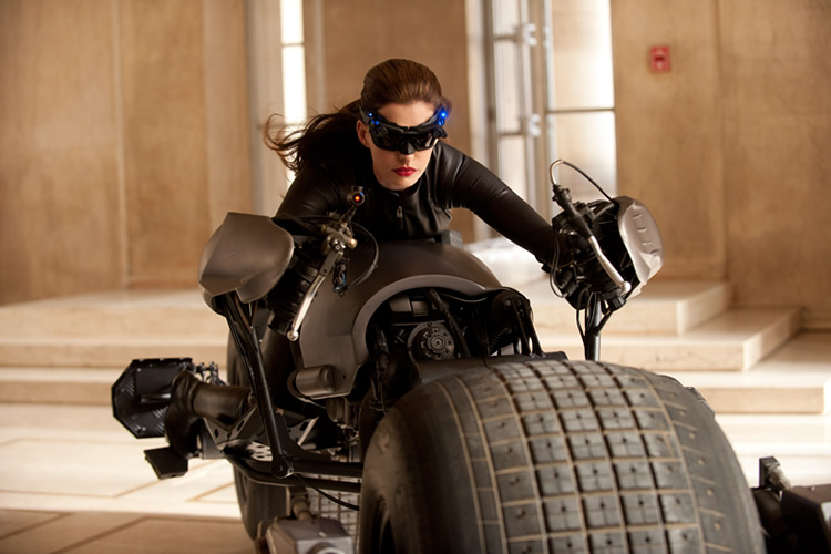 selina kyle thumb First Catwoman Pic From Dark Knight Rises
