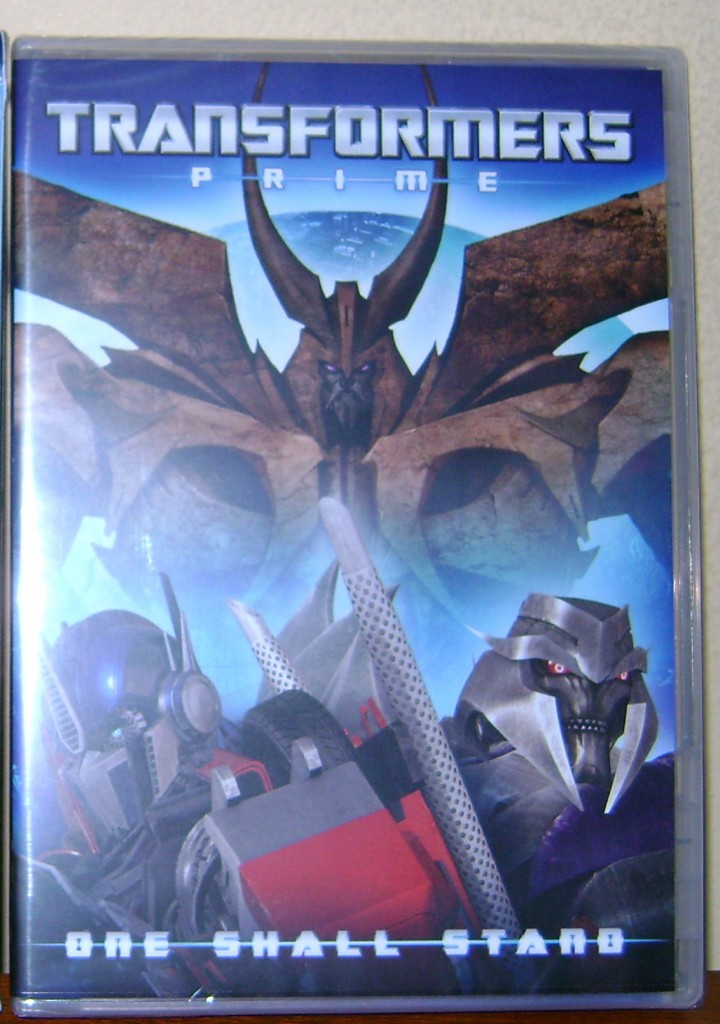 TF PRIME 1 720x1024 Transformers Prime  One Shall Stand: DVD Review!