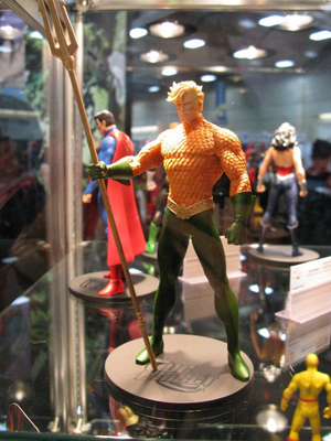 sdcc2011 dcdirect 041 7 Other Things To Do At Comic Con