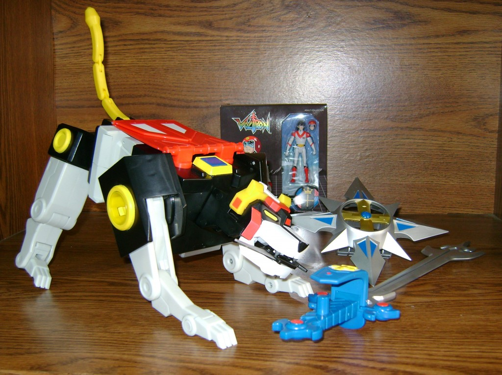 Blk X 1 1024x765 Voltron Classics: Black Lion And Voltron!