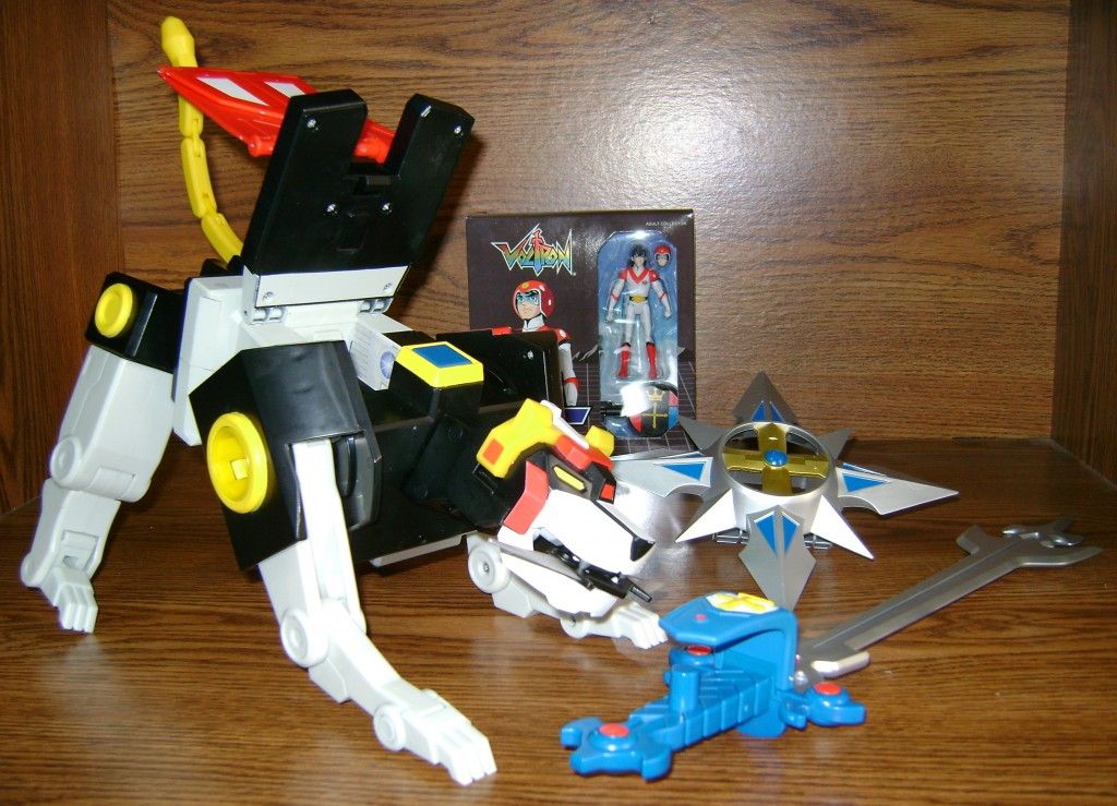 Blk X 2 1024x739 Voltron Classics: Black Lion And Voltron!