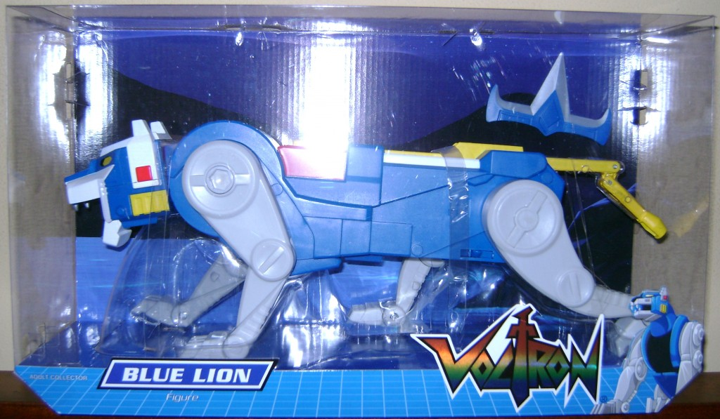 Blu 1 1024x597 Voltron Classics: Red And Blue Lion!
