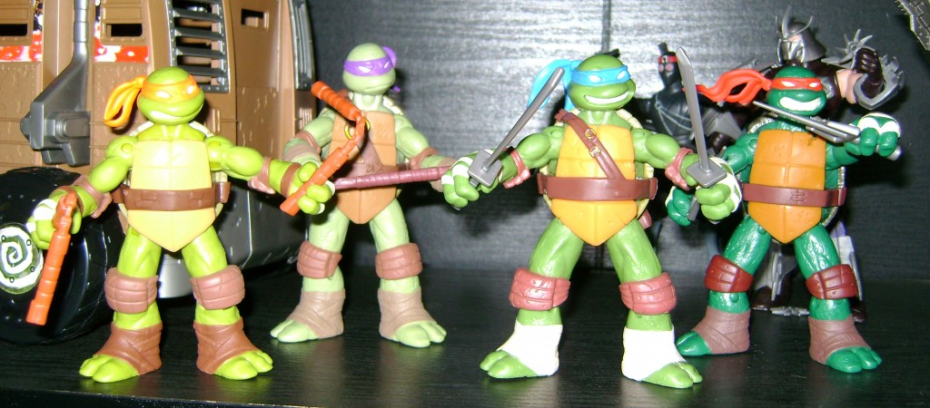 Leo Don raph and Mike Loose 1024x450 Teenage Mutant Ninja Turtles: Basic Figure Review!