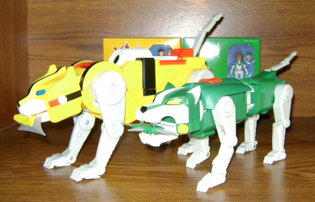 Yel Grn 1 1024x656 Voltron Classics: Green And Yellow Lion!