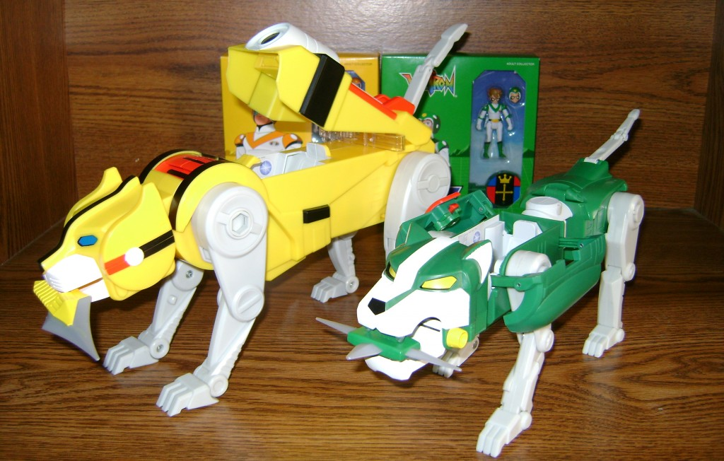 Yel Grn 2 1024x652 Voltron Classics: Green And Yellow Lion!