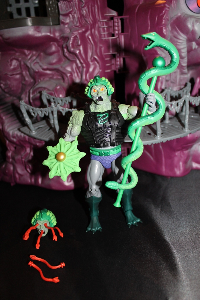 0132 Masters of the Universe Classics: April  Snake Face!