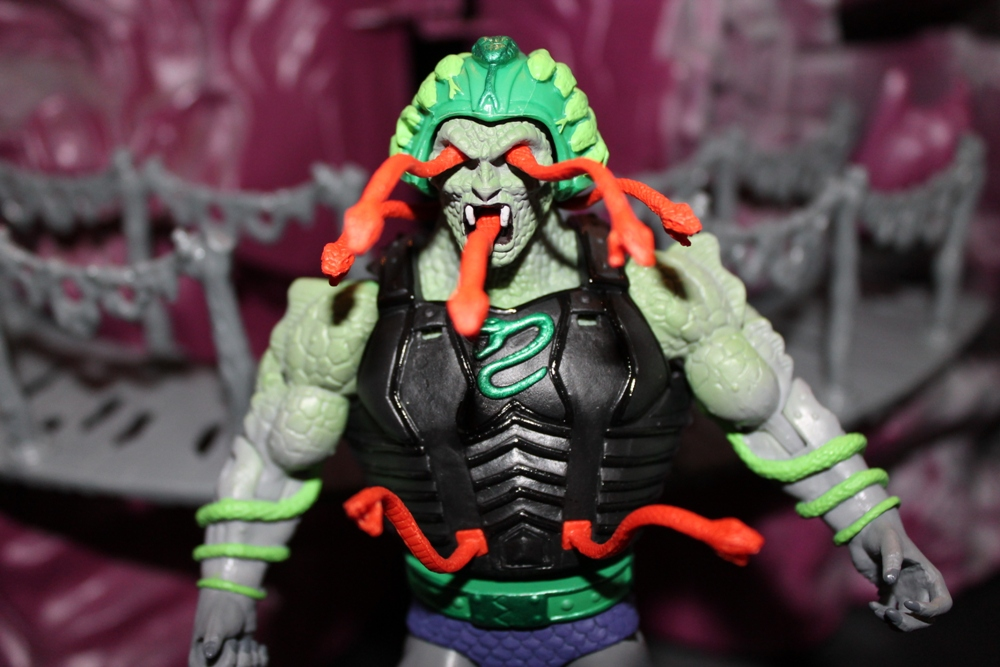 0211 Masters of the Universe Classics: April  Snake Face!