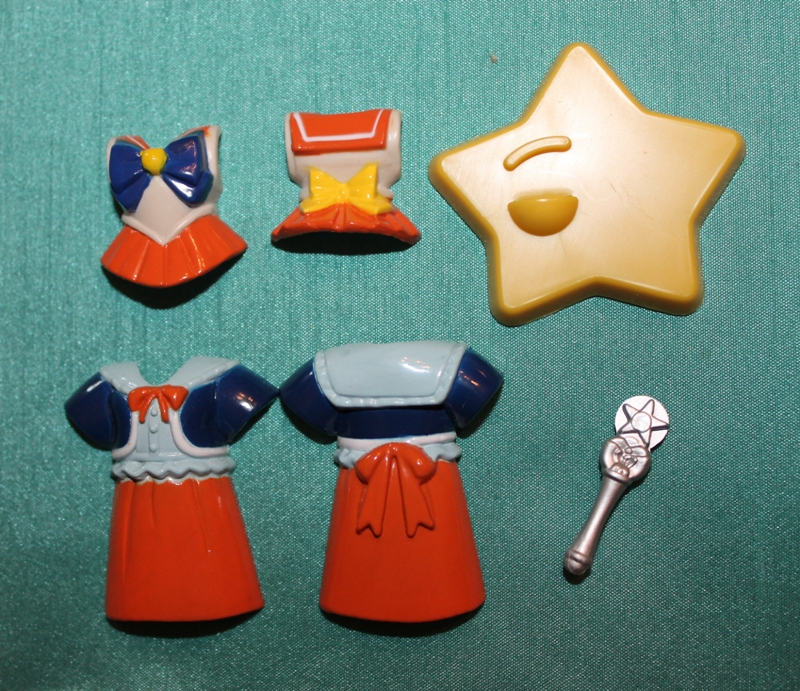 106 Vintage Toy of the Month! Sailor Moon Dressables!