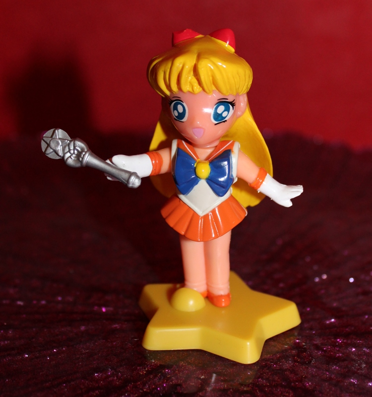 108 Vintage Toy of the Month! Sailor Moon Dressables!