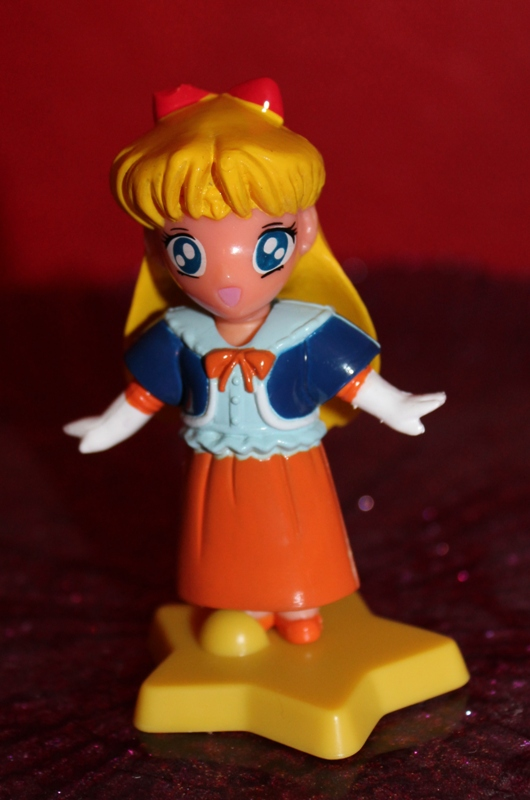 110 Vintage Toy of the Month! Sailor Moon Dressables!