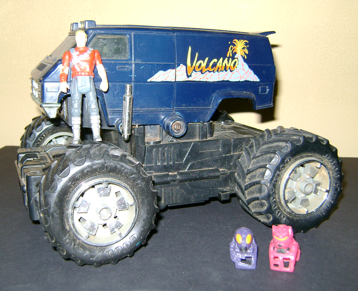 MASK 13 Vintage Toy Of The Month: M.A.S.K. (Paladins Remix)!