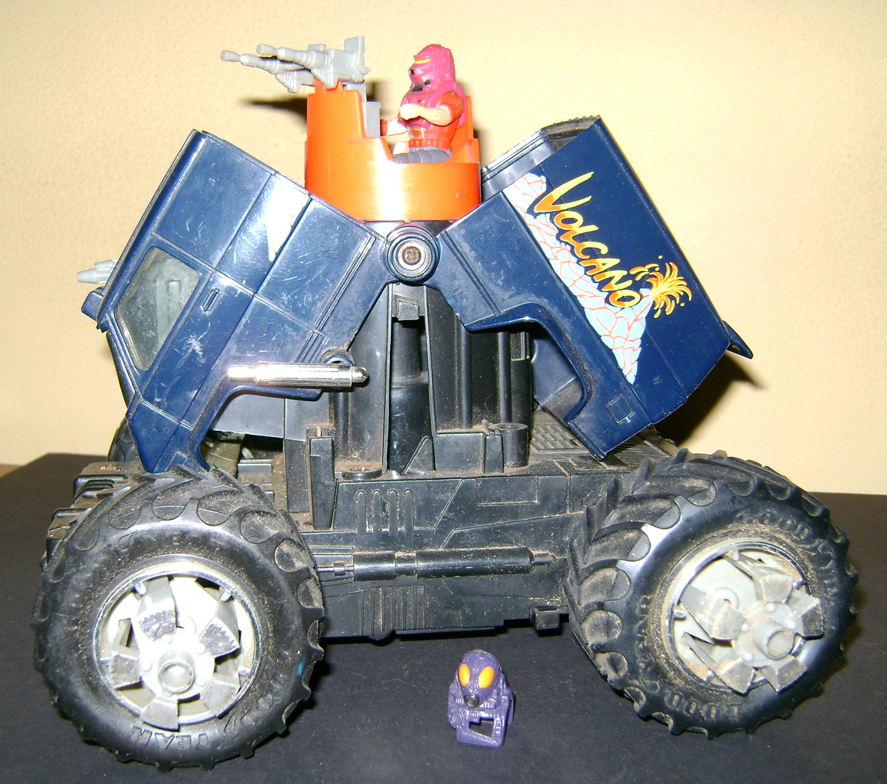 MASK 14 Vintage Toy Of The Month: M.A.S.K. (Paladins Remix)!