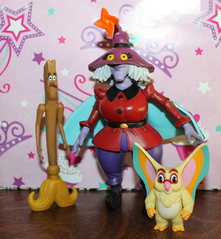005 Masters of the Universe Club Etheria: August  Madame Razz and Broom!
