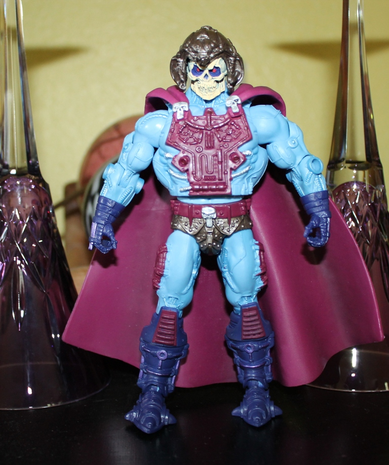 007 Masters of the Universe Classics: August  NA Skeletor & Flutterina