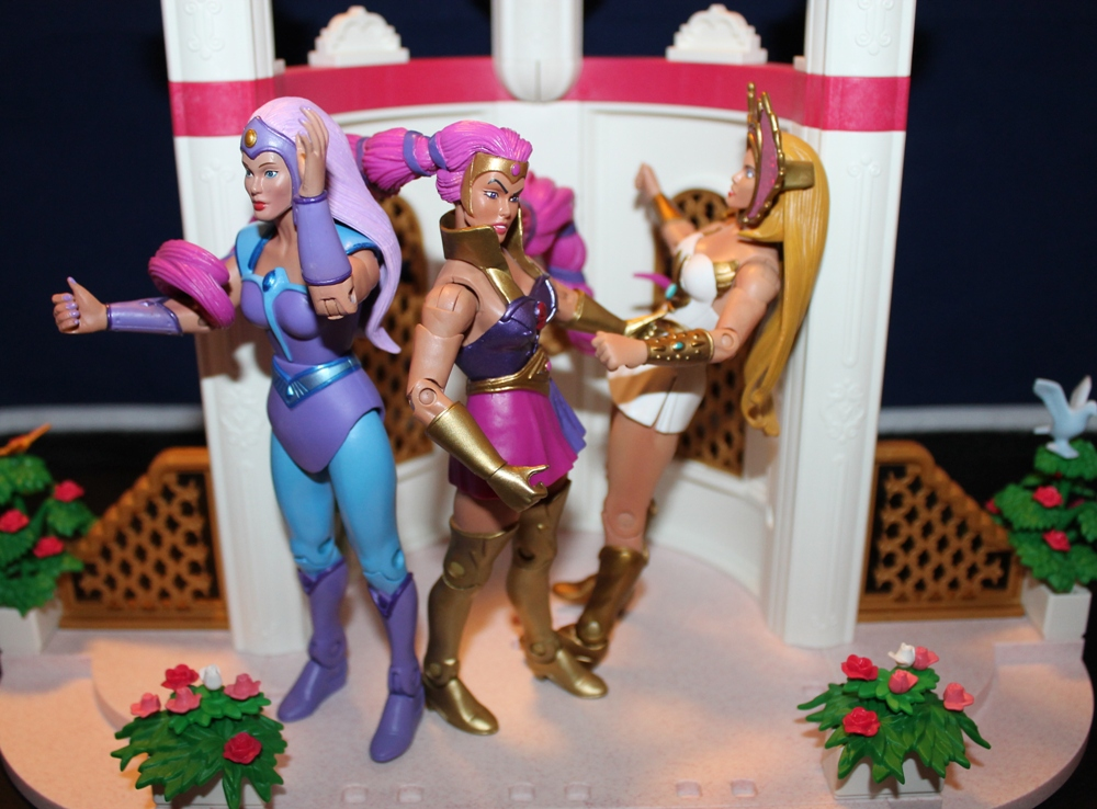 044 Masters of the Universe Club Etheria: September: Entrapta!