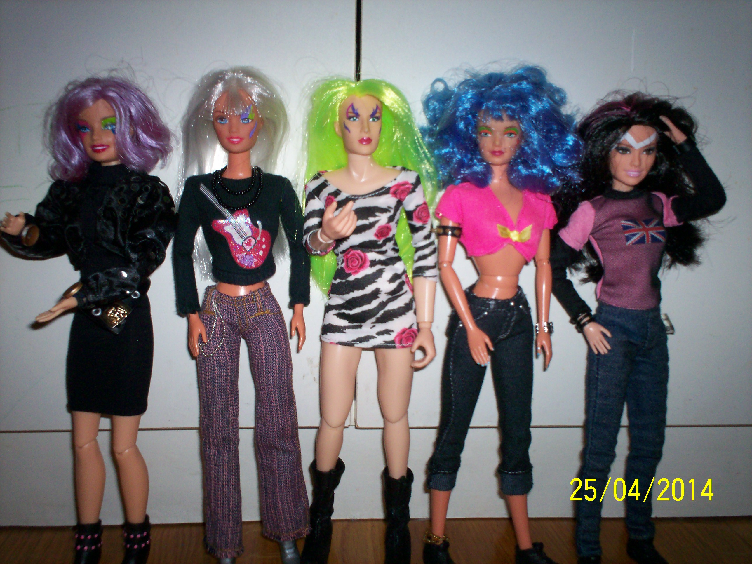 omar9 Glamour, Glitter, and Jemcon: The Truly Outrageous Fans of Jem and the Holograms Part 2