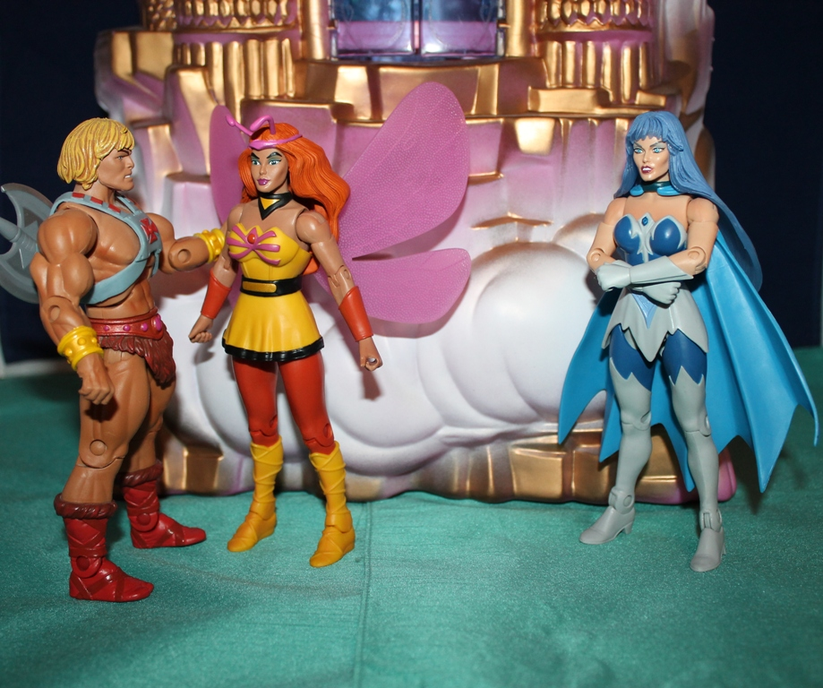 010 Masters of the Universe Club Etheria: October  Sweet Bee and Light Hope!