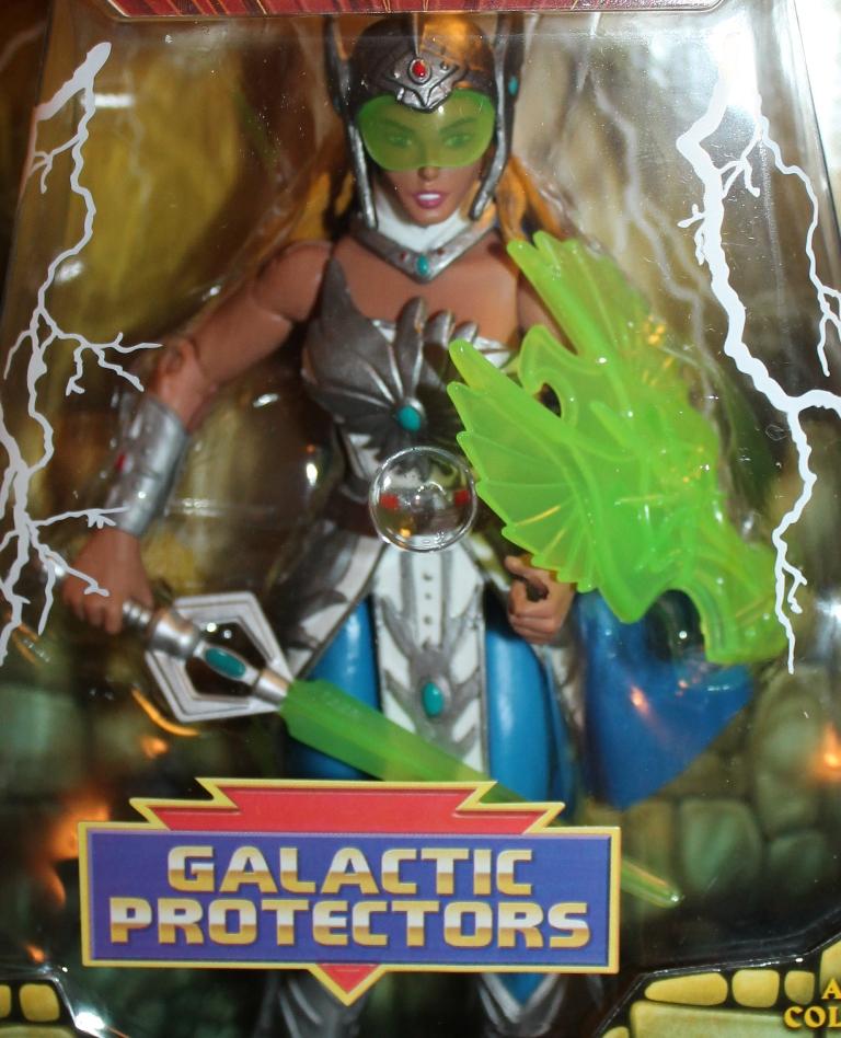008 Masters of the Universe Club Etheria: November  NA She Ra!