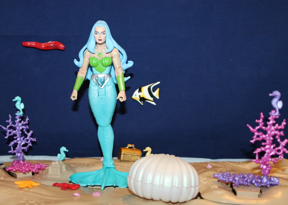 032 Masters of the Universe Classics: December  Gwildor and Mermista!