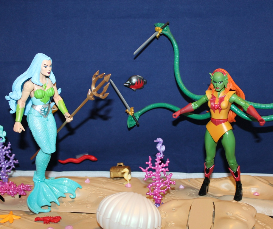 033 Masters of the Universe Classics: December  Gwildor and Mermista!