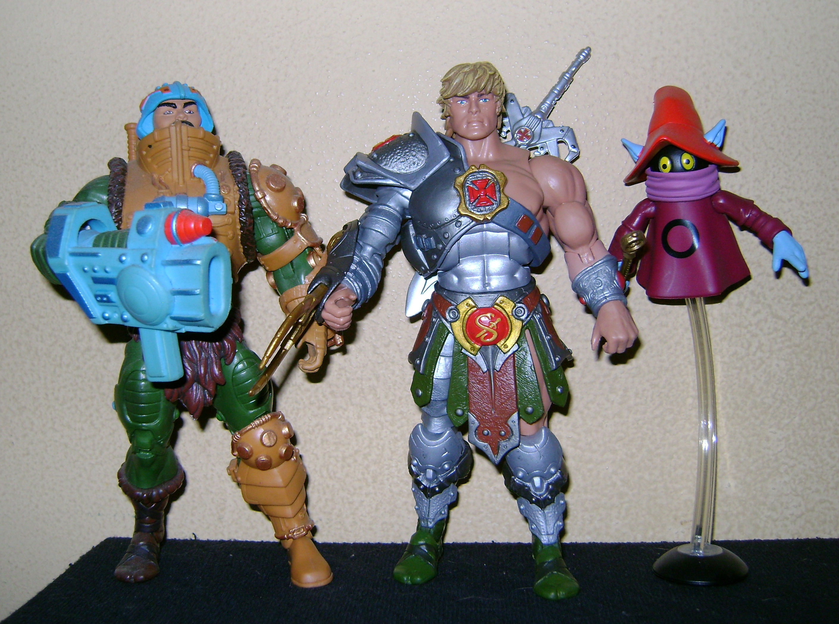 HeKH 7 MOTUC: 2015; Feb {Part 2} Snake Armor He Man and King Hssss!