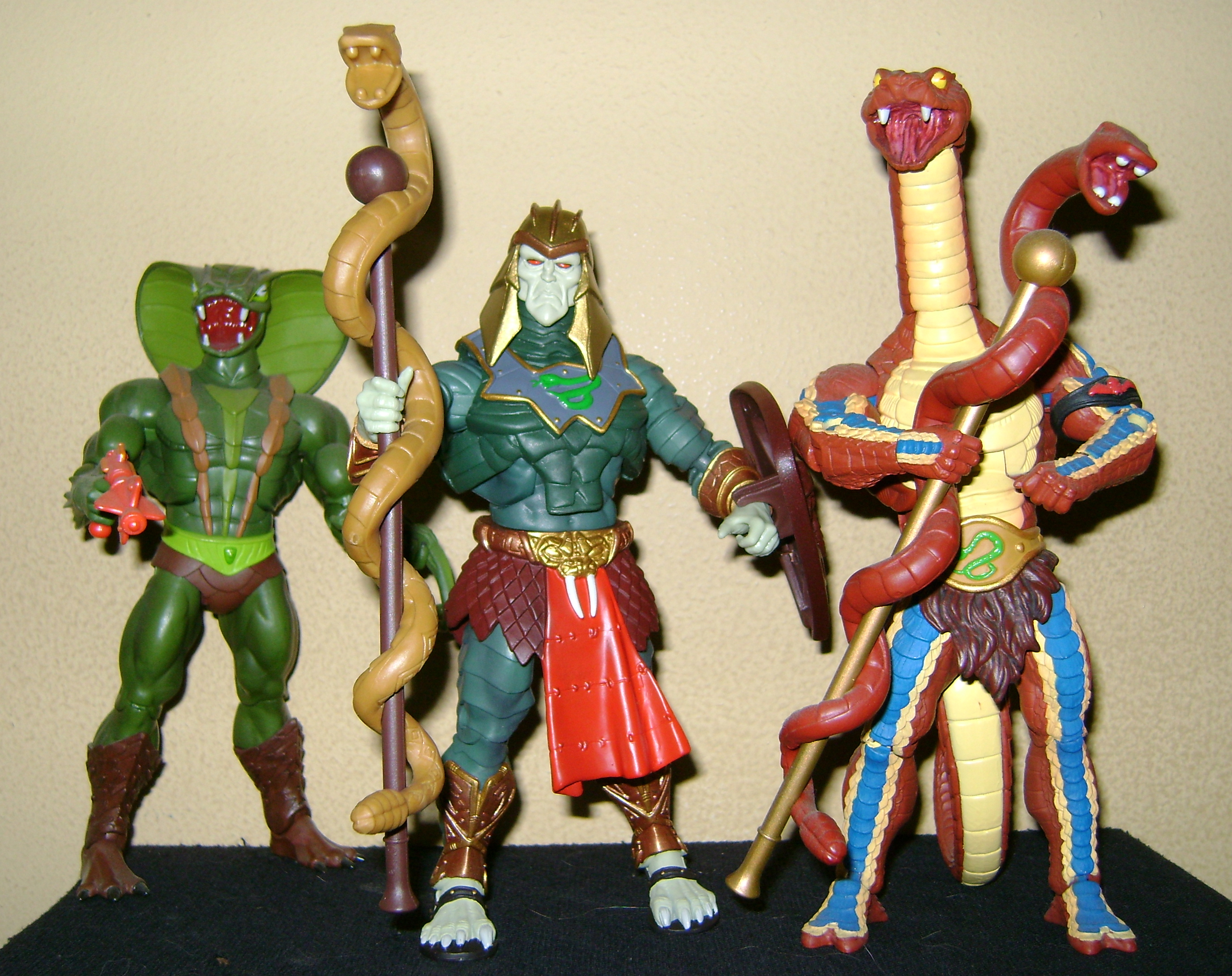 HeKH 8 MOTUC: 2015; Feb {Part 2} Snake Armor He Man and King Hssss!