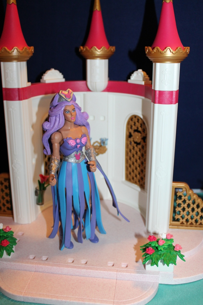 001 Masters of the Universe Club Etheria: December  Spinnerella!