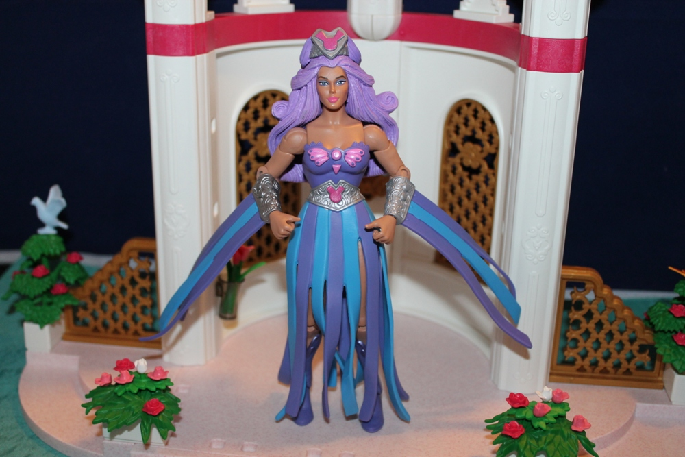 020 Masters of the Universe Club Etheria: December  Spinnerella!